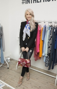 Victoria-Magrath-InTheFrow-4-657x1024