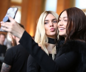 Kendall and Gigi Snap a Selfie